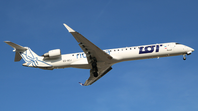 ES-ACJ - Bombardier CRJ-900LR - LOT Polish Airlines (Nordica)