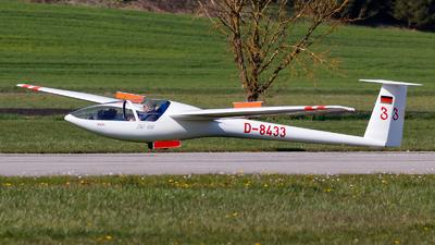 D-8433 - DG Flugzeugbau DG-100 - Private