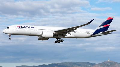 A7-AQA - Airbus A350-941 - Qatar Airways (LATAM Airlines)