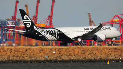 ZK-NZR - Boeing 787-9 Dreamliner - Air New Zealand