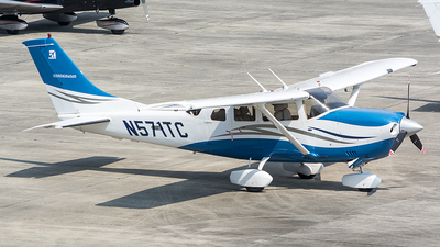 A picture of N571TC - Cessna 206H Stationair - [20608271] - © OSCAR GUILLEN