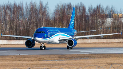 A picture of 4KAZ80 - Airbus A320214 - Azerbaijan Airlines - © KomradAlexey