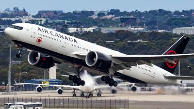 C-FNNH - Boeing 777-233LR - Air Canada