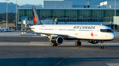 A picture of CFGKZ - Airbus A321211 - Air Canada - © Grant Gladych