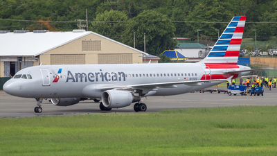 N111US - Airbus A320-214 - American Airlines