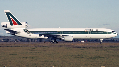 I-DUPI - McDonnell Douglas MD-11C - Alitalia