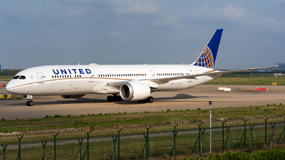 N24974 - Boeing 787-9 Dreamliner - United Airlines