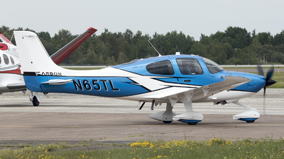 N65TL - Cirrus SR22T-GTS Carbon - Private