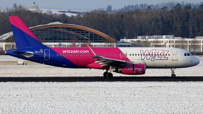 HA-LYR - Airbus A320-232 - Wizz Air