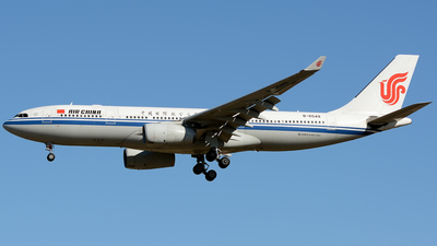 B-6549 - Airbus A330-243 - Air China