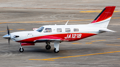 JA121B - Piper PA-46-M500 - Private