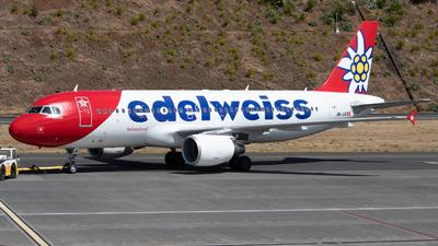 A picture of HBJJK - Airbus A320214 - Edelweiss Air - © Thomas A. Ferreira