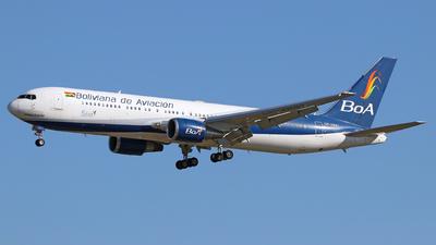 A picture of CP2881 - Boeing 76733A(ER) - Boliviana de Aviacion - © Óscar López Herrero
