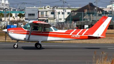 JA3821 - Cessna 172N Skyhawk II - Private