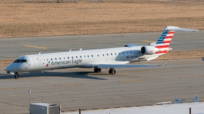A picture of N607NN - Mitsubishi CRJ900LR - American Airlines - © ne.planespotter