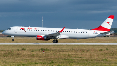 A picture of OELWG - Embraer E195LR - Austrian Airlines - © marfi80