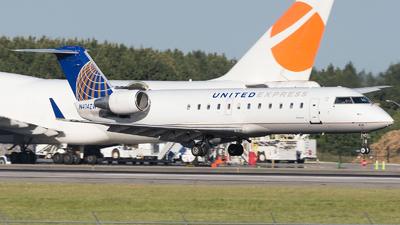 N414ZW - Bombardier CRJ-200LR - United Express (Air Wisconsin)