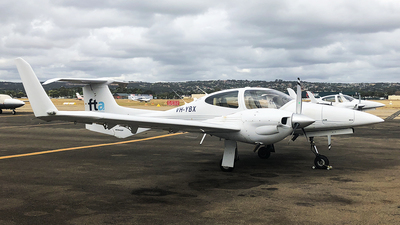 VH-YBX - Diamond DA-42 Twin Star - Flight Training Adelaide