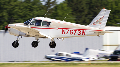 N7673W - Piper PA-28-180 Cherokee - Private
