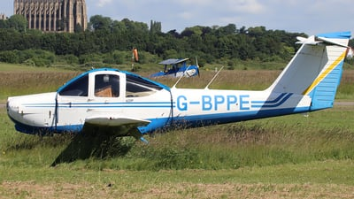 G-BPPE - Piper PA-38-112 Tomahawk - Private