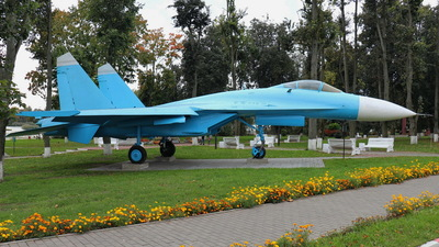 32 - Sukhoi Su-27P Flanker - Belarus - Air Force