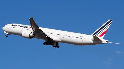 F-GSQD - Boeing 777-328ER - Air France
