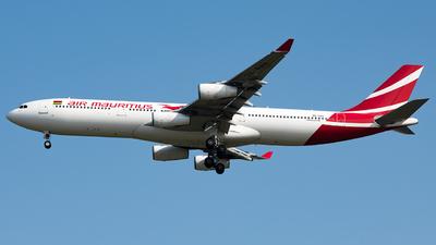 3B-NAU - Airbus A340-312 - Air Mauritius