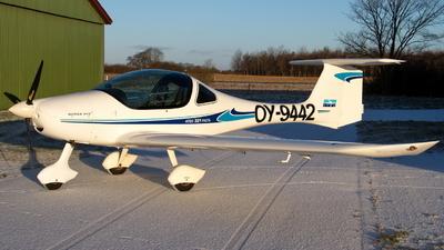 OY-9442 - Atec 321 Faeta - Private