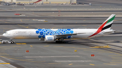 A6-ENI - Boeing 777-31HER - Emirates