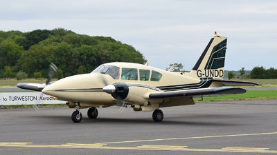 G-UNDD - Piper PA-23-250 Aztec - Private