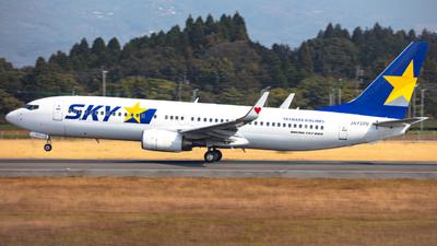 JA737U - Boeing 737-8FZ - Skymark Airlines