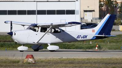 EC-JQK - Cessna 172R Skyhawk II - Top Fly