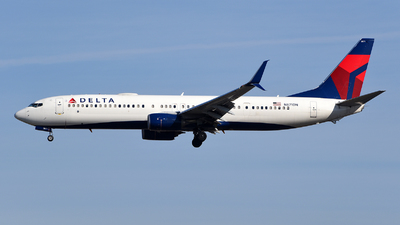 A picture of N871DN - Boeing 737932(ER) - Delta Air Lines - © Rocky Wang
