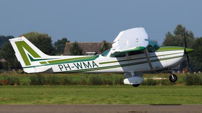 A picture of PHWMA - Cessna 172 P Skyhawk II - [2064] - © BaszB