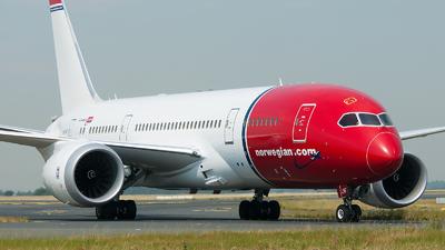 LN-LNF - Boeing 787-8 Dreamliner - Norwegian
