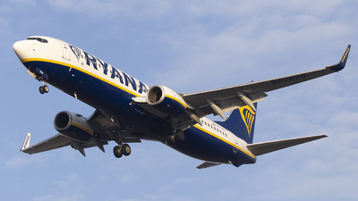 SP-RSB - Boeing 737-8AS - Ryanair Sun