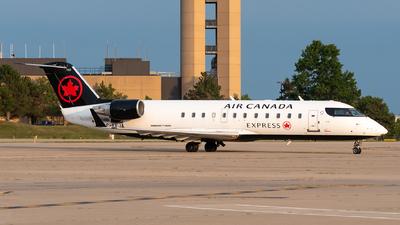 A picture of CFEJA - Mitsubishi CRJ200ER - Air Canada - © Evan Dougherty