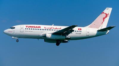 TS-IOF - Boeing 737-2H3(Adv) - Tunisair