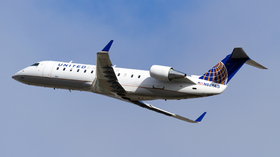 N869AS - Bombardier CRJ-200ER - United Express (SkyWest Airlines)
