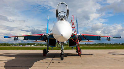 27 - Sukhoi Su-27P Flanker - Russia - Air Force