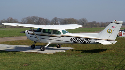 N98825 - Cessna 172P Skyhawk II - Darmstadt Flying Club