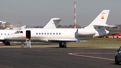 A picture of HBIAW - Dassault Falcon 2000 - [16] - © Darius Swoboda