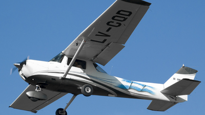 LV-CQD - Cessna 150 - Private