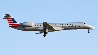 A picture of N696AE - Embraer ERJ145LR - American Airlines - © C. v. Grinsven
