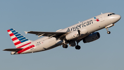 N658AW - Airbus A320-232 - American Airlines