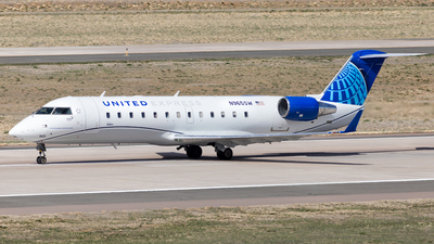 A picture of N965SW - Mitsubishi CRJ200LR - United Airlines - © HA-KLS