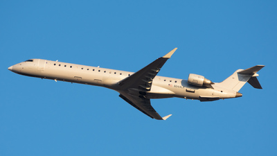 A picture of N944LR - Mitsubishi CRJ900ER - Mesa Airlines - © Skier737