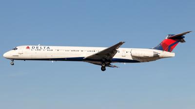 N989DL - McDonnell Douglas MD-88 - Delta Air Lines