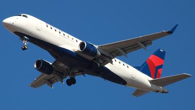 A picture of N223JQ - Embraer E175LR - Delta Air Lines - © ajwebb