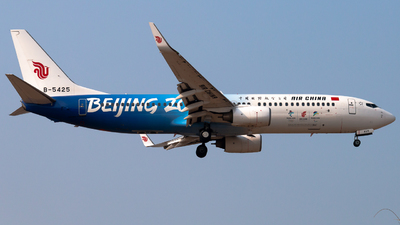 B-5425 - Boeing 737-89L - Air China